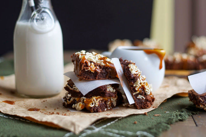 Ramen-Topped Caramel Brownies