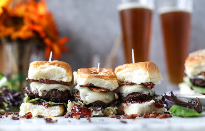Coffee-Coated Brunch Burgers