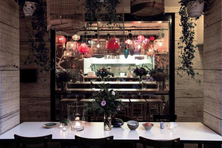 Eccentric Open-Kitchen Lounges