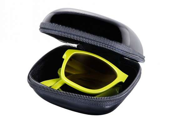 Collapsible High-Fashion Shades