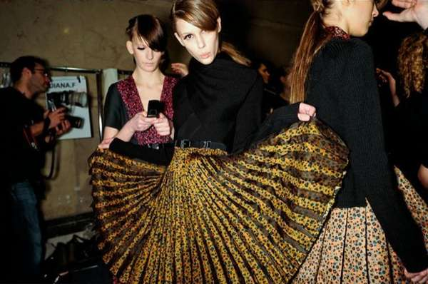 Skirt-Flaring Fashion