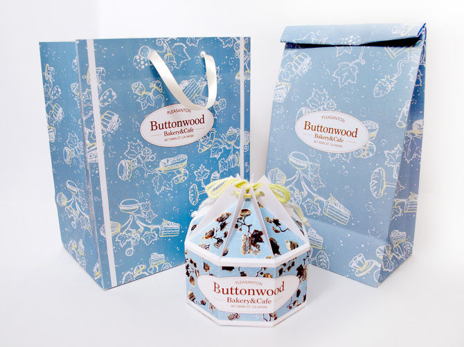 Blossoming Cake Packaging