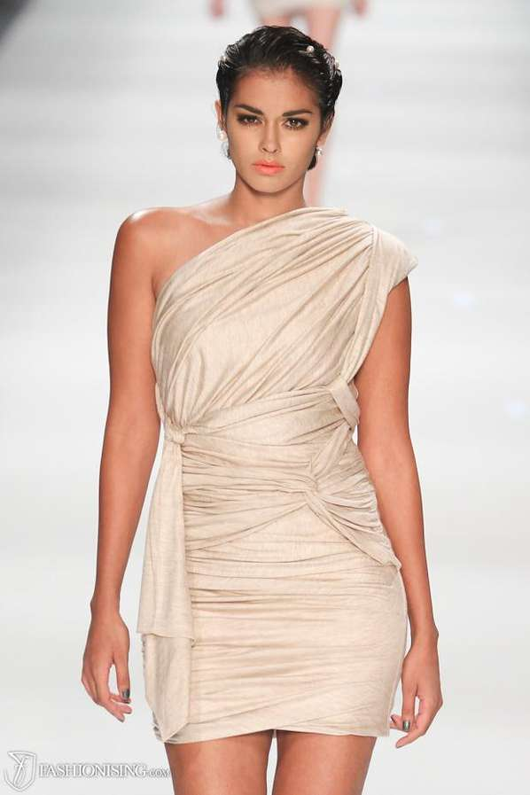 Contemporary Toga Catwalks