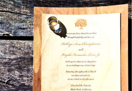 Cards of Wood Wedding Invitations