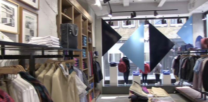 Window Shopper-Engaging Beacons
