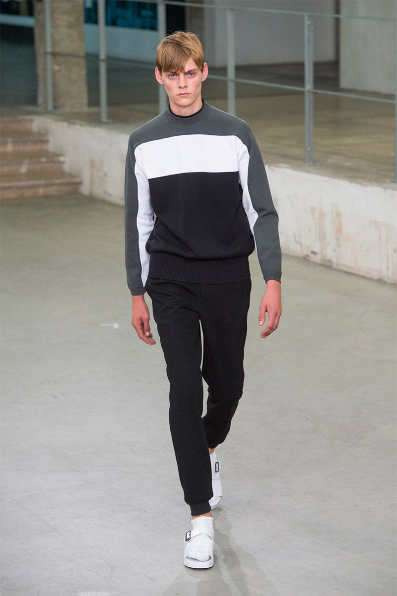 Sleek Tone-Blocked Menswear