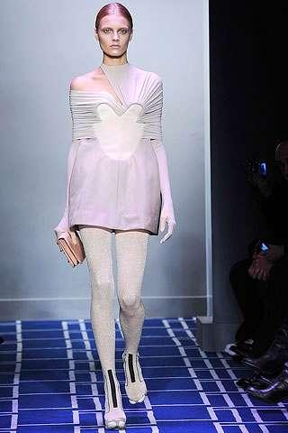 Peekaboo Shoulders Designer Bare Shoulder Gowns For