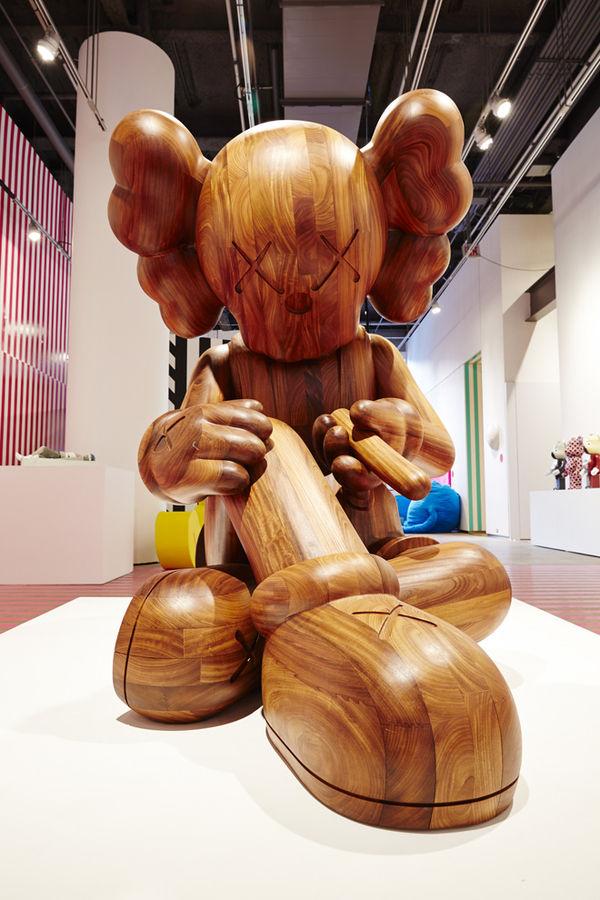 Collaborative Celebrity Art Shows