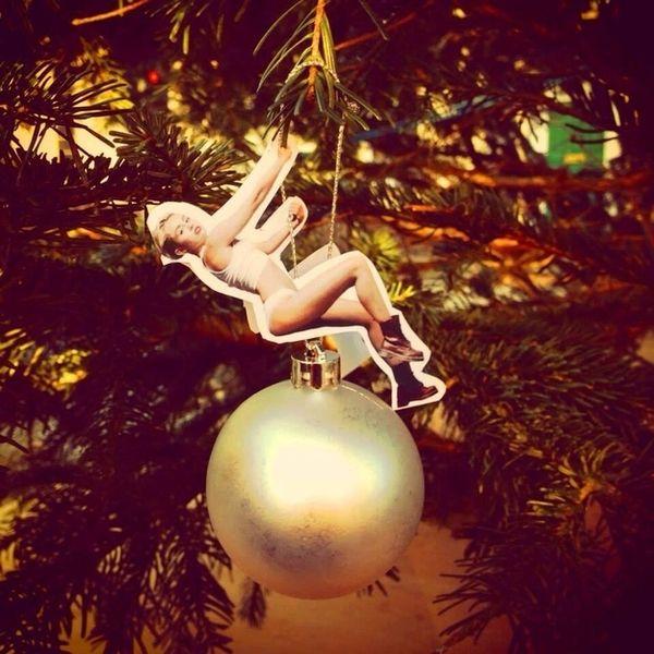 DIY Celeb Spoof Ornaments
