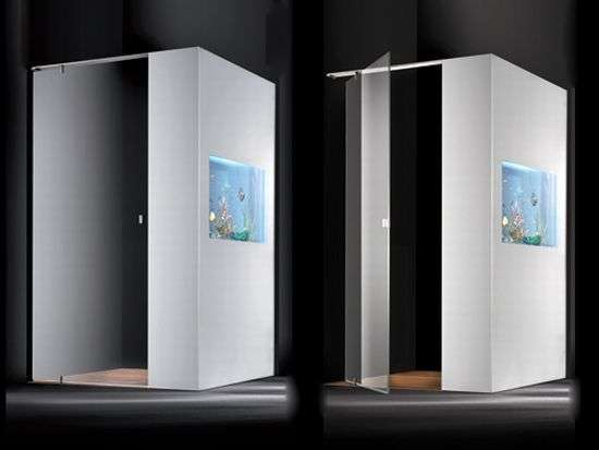 Built-In Aquarium Showers