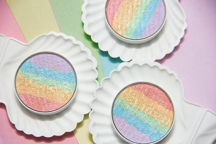 All-Natural Iridescent Highlighters