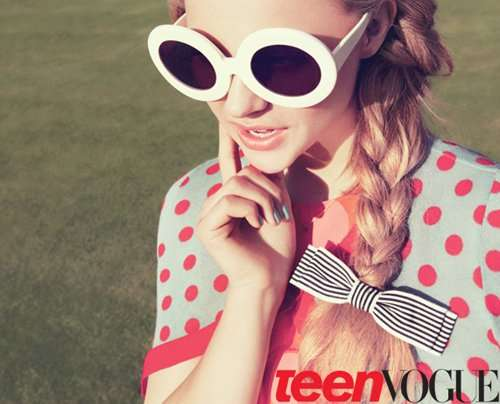 Retro Revival Teen Editorials