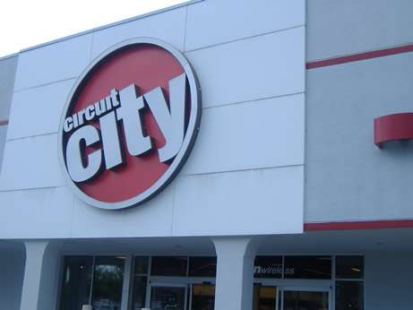 16 Credit Crunch Casualties and Benefactors + Circuit City Store Shutdowns