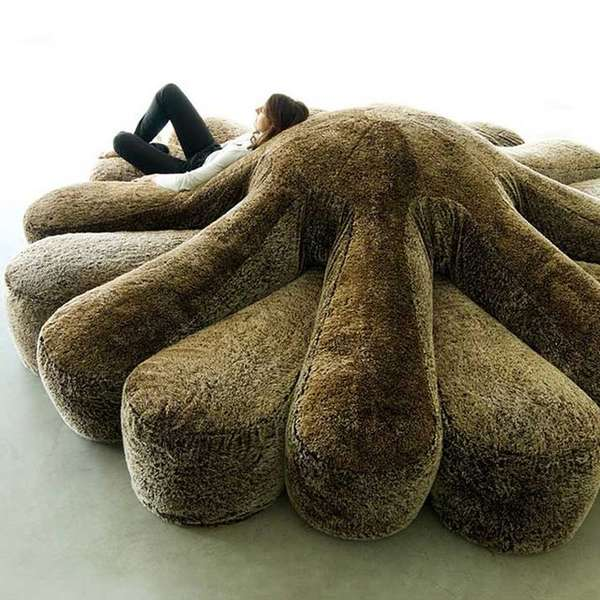 Octopus-Shaped Sofas : circular couch