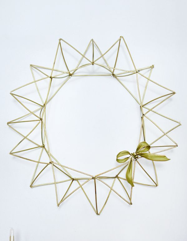 Minimalist Coffee Straw Wreaths