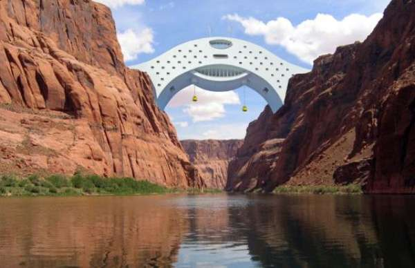 Colorado River Bridge Hotel