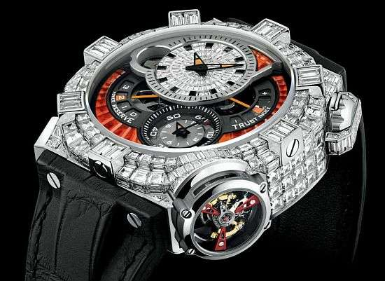 Diamond-Clustered Chronographs