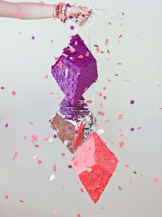 Shape Smashing Party Favors Confetti Pinatas