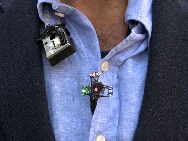 Clothing-Merged Pollution Monitors