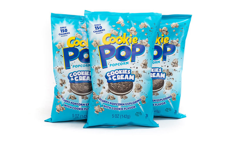 Cookie-Popcorn Snacks