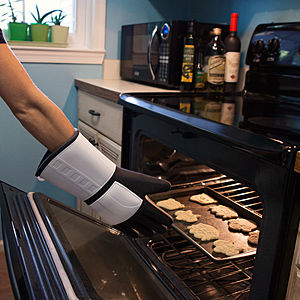 Galactic Solider Oven Mitts