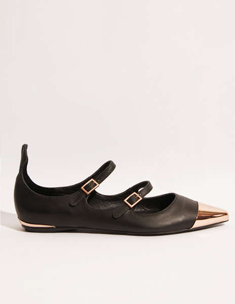 Copper Cap Toe Pointed Flats