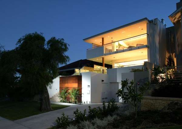 Airy Australian Beach Houses