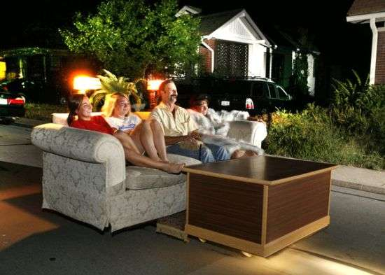 couch-and-coffee table car