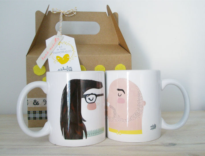 Customizable Kissing Mugs