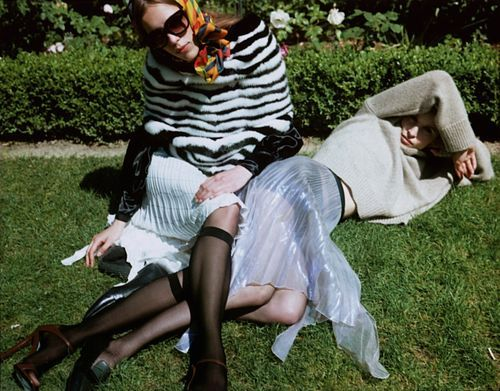 Stylish Secret Garden Editorials