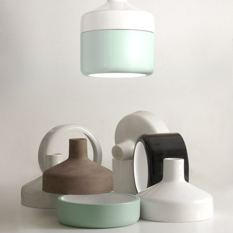 Unconventionally Curved Lights