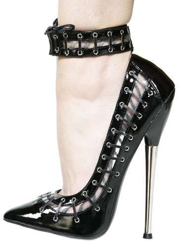 17 Sets of Dangerous Heels