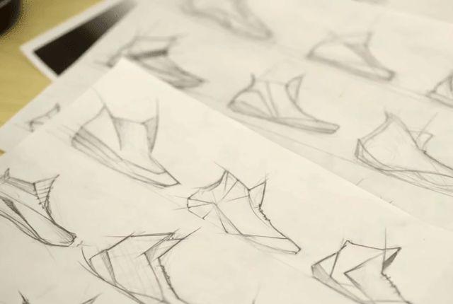 Designing Sneaker Colliegates