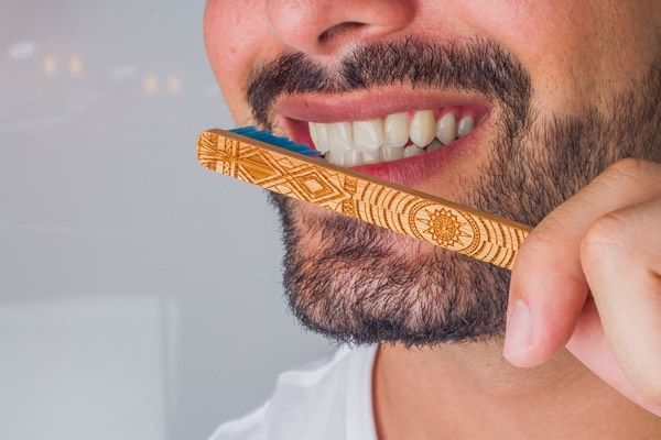 Student-Supporting Toothbrushes