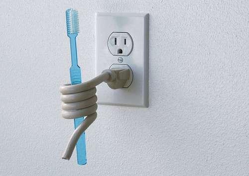 Die Electric Plugs
