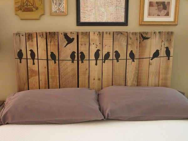 12 diy bed projects for Diy bed head project