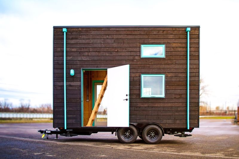 Miniature DIY Houses