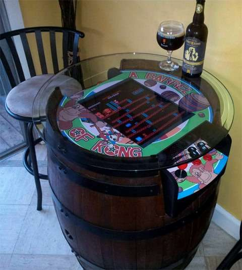 Donkey Kong wine barrel