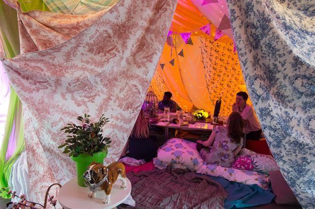 Bedding Fort Restaurants
