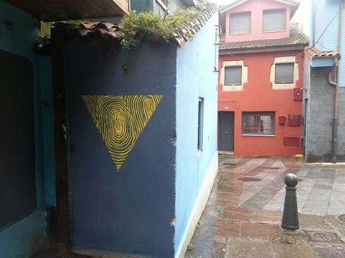 Triangular Fingerprint Graffiti
