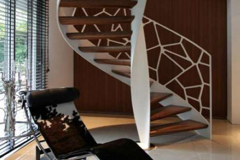 Cellular Spiral Staircases
