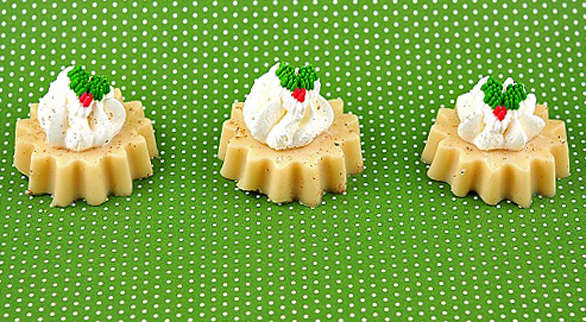Eggnog Jelly Shots