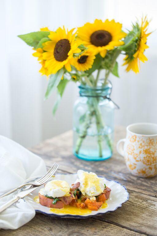 Paleo Chipotle Eggs Benedict