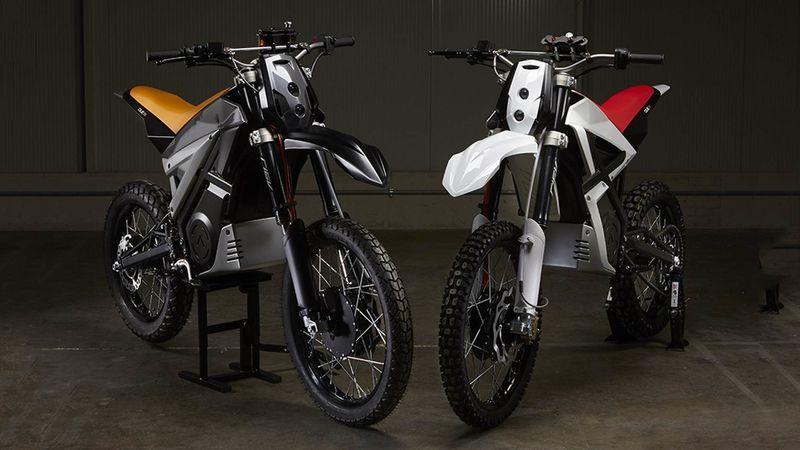 Smartphone Dashboard Dirt Bikes
