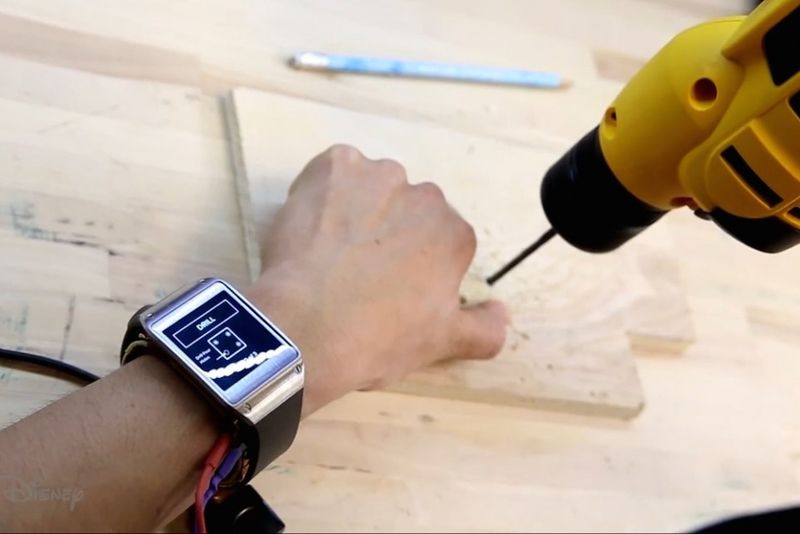 Electromagnetic Smartwatches