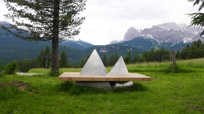 Mountain-Mimicking Benches