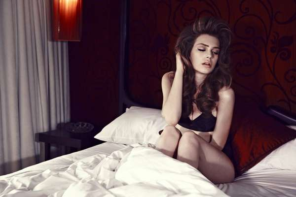 Sultry Simplistic Boudoir Shoots