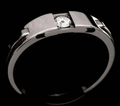 Mechanical Diamond Rings