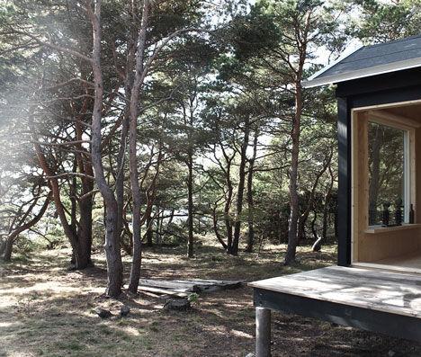 Minimalist Wooden Cabins