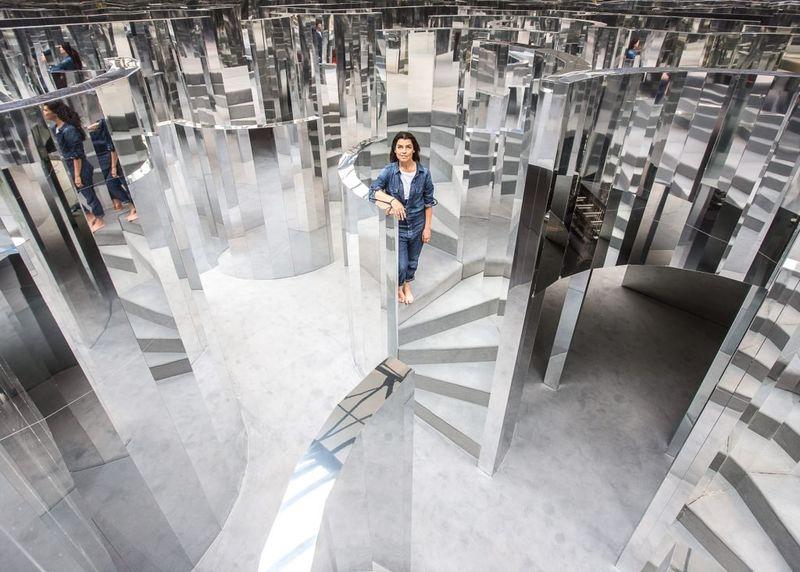 Perfumed Mirror Mazes